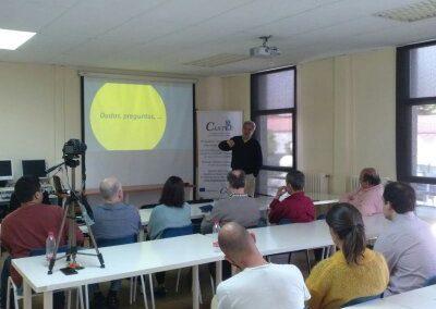 Conference. Paco de la Banda