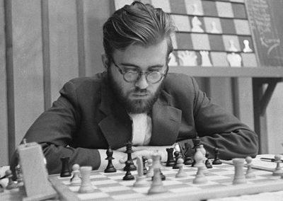 Larsen, Bent (1935-2010)