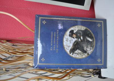 Librería Serendipias book