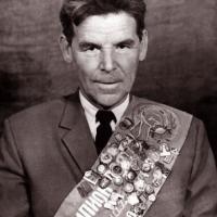 Nezhmetdinov, Rashid (1912-1974)